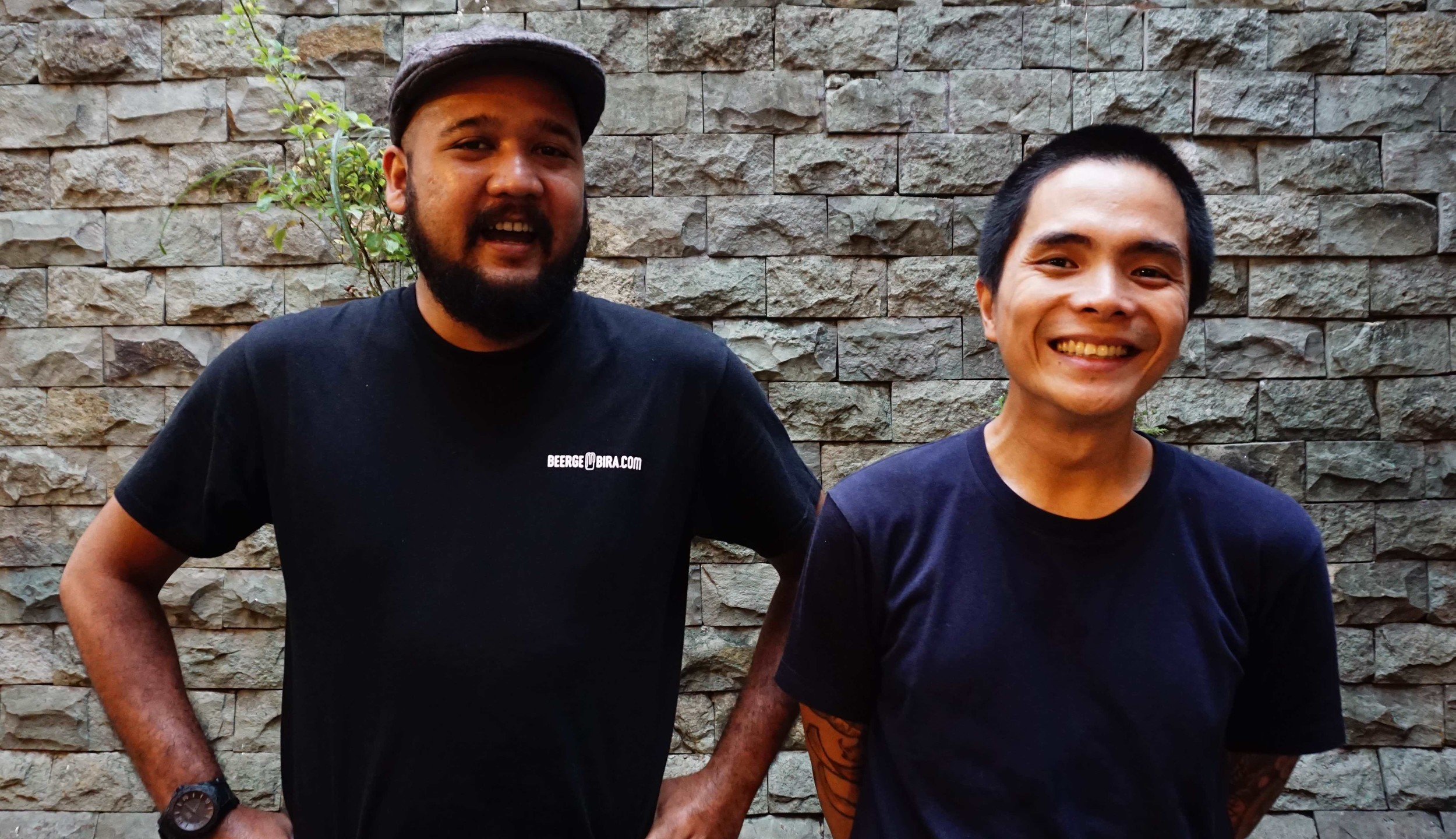 meet_the_muslim_and_vegetarian_cooks_behind_indonesias_best_pork_take_out_body_image_1479194297
